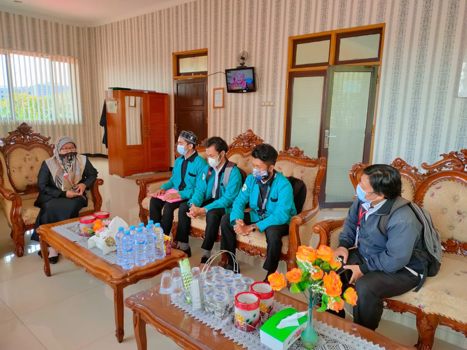 Penerimaan Mahasiswa PKH di Pengadilan Agama Palangka Raya